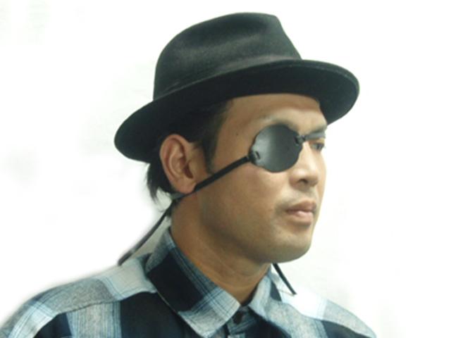 本革製の眼帯です コスプレやステージ衣装などに コスプレアイテム 現品 侍眼帯 コミック刀剣 コスプレ 時代装束 さむらいがんたい 日本限定