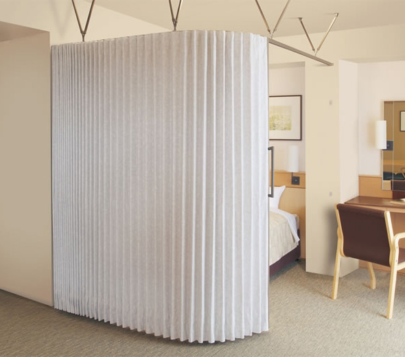 TOSO アコーディオンドア(アコーディオンカーテン) クローザーエクセル パウダー 幅181~210cm×丈171~180cm