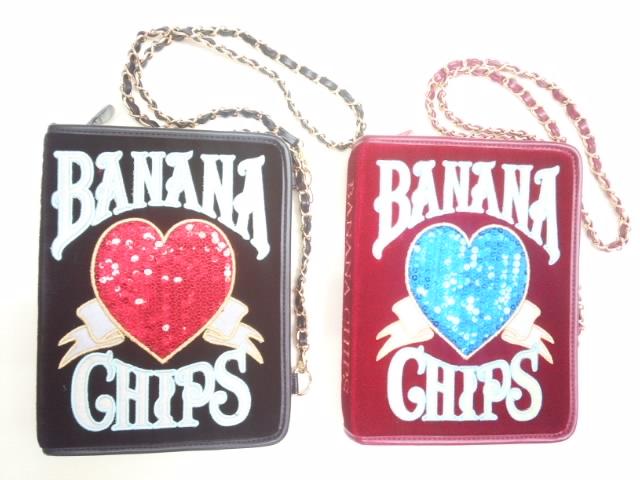 【セール】BANANACHIPS(バナナチップス)★【再入荷しました!!】クラシカルなベロア調ブック型モチーフショルダーバッグ