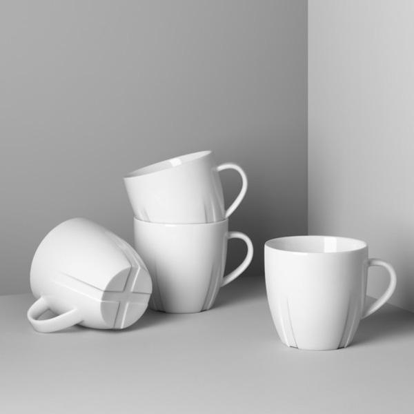 【KOSTA BODA】コスタ ボダ BRUK マグカップ4Pセット / 白 普段使い ギフト 北欧デザイン シンプル スウェーデン王室御用達ブランド