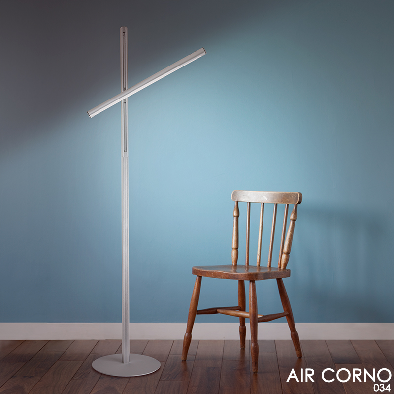 LED フロアライト スタンドライト 360回転 スティック バーライト調光調色 タッチセンサー 室内 照明 おしゃれ ブランド 個性的 独創デザイン . AIR CORNO エアコルノ 34 aircorno034