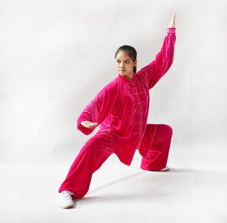 寒い冬に1着は欲しい!生地は厚めで暖かさ抜群!太極拳表演服・ピンク色大業冬季太極拳服