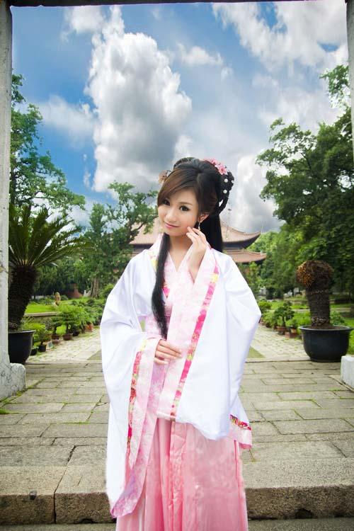 中国伝統の皇帝服(宮廷服)貴妃服 女性用中華古装(ピンク)