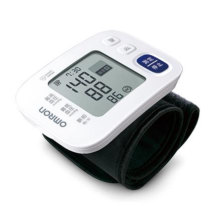 送料無料 大きな画面で血圧値を大きく表示する血圧計 高い素材 見やすく分かりやすい表示画面を実現しました HEM-6183 オムロン手首式血圧計 日本未発売