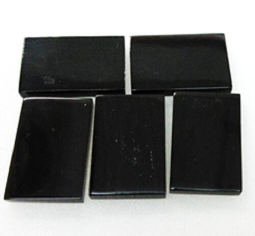 水牛角アクセサリー、プレート(宝飾用)。プロ用。サイズ30×20m/m・黒(天然色)・厚み、4m/m・両面鏡磨き。5枚で10000円。NO.011207-1。日本製。メール便。