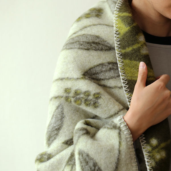 Roros TWEED (ロロスツイード) INAHO(イナホ)ブランケット(ピュアニューウール100%) 100×145 グレー/オリーブ 北欧雑貨/国内正規取扱店/北欧/インテリア/ウール/羊毛/毛布/膝掛け/ひざ掛け