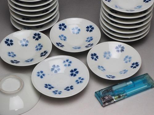 桜文様のかわいい豆皿 0059印判 明治<BR>【中古】 骨董 アンティーク 瀬戸物<BR>*ばら売り<BR>JAPAN japanese antique vintage tableware porcelain china