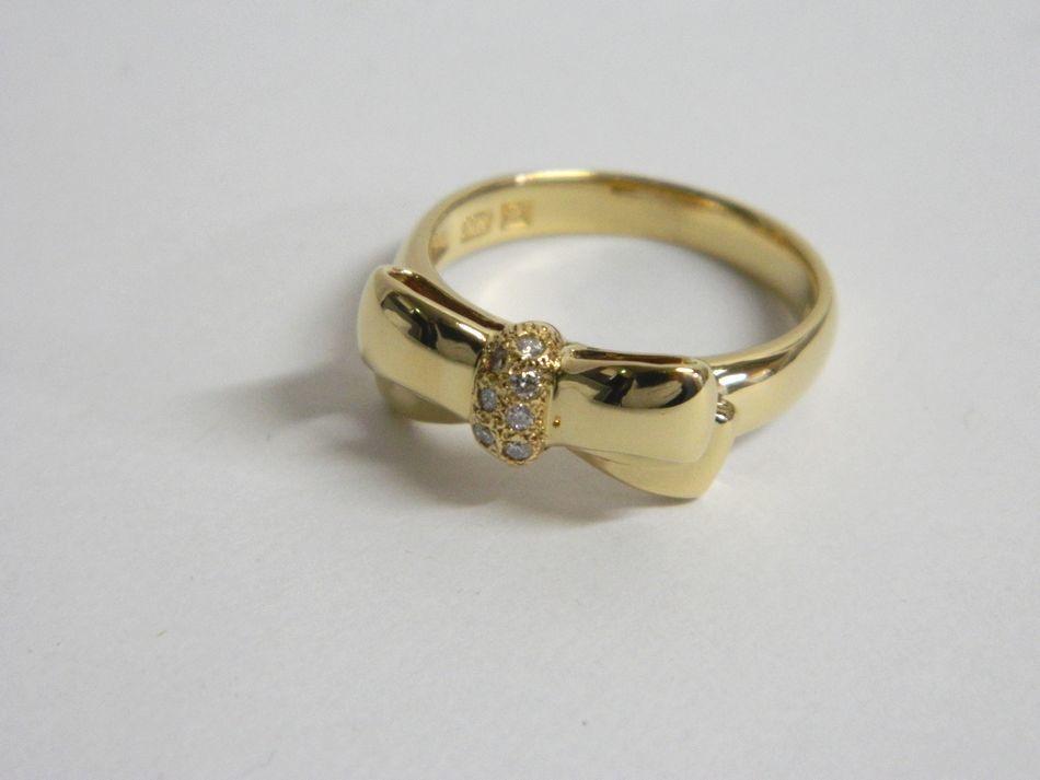 [中古] 送料無料 新品仕上げ NINA RICCI ニナリッチ ダイヤモンド リボン リング K18YG 750 イエローゴールド 約13号 美品 良品
