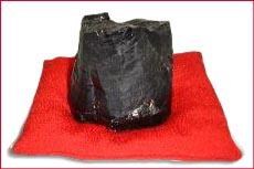 トルマリン原石・座布団付き置物