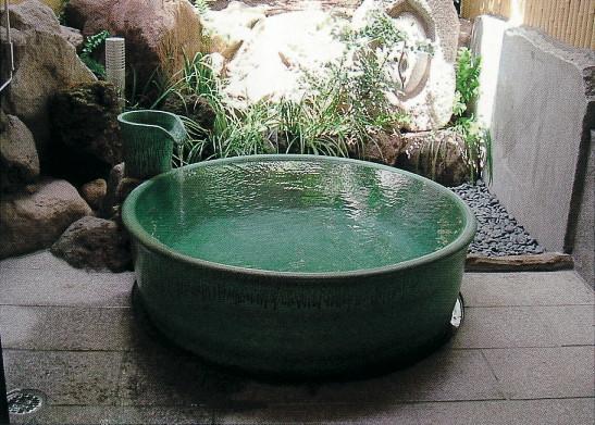 丸型陶器浴槽1100×H600mm  (送料55,000円は目安です別途見積となります)