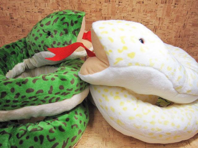 かわいいヘビのぬいぐるみ ぬいぐるみ 定型外郵便不可 優先配送 ヘビのぬいぐるみTAKEOFFヘビL あす楽対応 流行