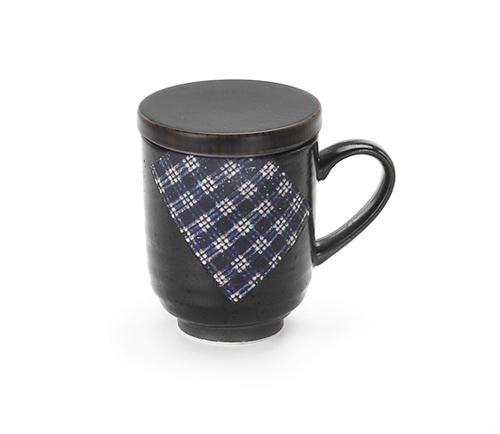 茶葉と水を入れて1分少々レンジでチン するだけで美味しいお茶ができあがり タータンチェック黒釉 茶こし付茶々マグ マグカップ 食器 和食器 陶器 和風 緑茶 紅茶 ハーブティー コーヒー 出色 おしゃれ 美濃焼 茶こし付 日本茶 かわいい お茶 メーカー再生品