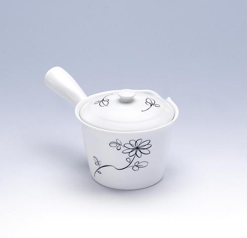 お茶の美味しさを引き出すうまちゃ急須 ブーケ 黒 MV急須 大決算セール 急須 お茶の旨みを引き出せる 美味しく淹れられる うまちゃ 陶器 日本製 美濃焼 和風 和食器 茶こし付 おしゃれ 緑茶 食器 深蒸し茶 期間限定お試し価格 かわいい 日本茶 煎茶