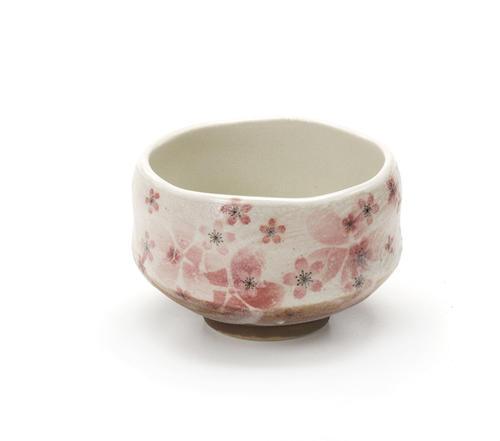 牡丹桜 美濃碗 和食器 陶器 和風 抹茶 卸直営 美濃焼 かわいい おしゃれ 日本茶 お茶 人気の定番 抹茶碗