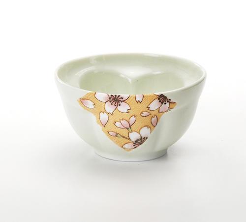 誕生日プレゼント お茶を注ぐと梅の花が浮かび上がる桜ロマン 梅千茶 モデル着用&注目アイテム グリーン