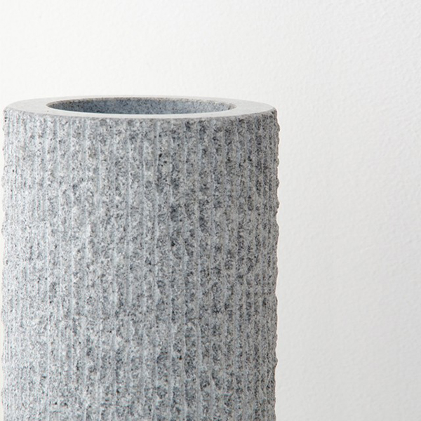 【AJI PROJECT】石の花器 花瓶 一輪挿し 自然石 自然 石 おしゃれ 香川県 アート インテリア 雑貨【庵治石】SABO Hタイプ