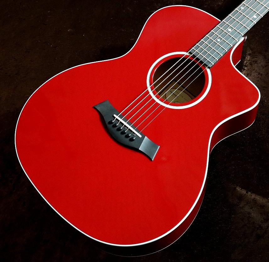 〔新品〕Taylor 214ce DLX RED #2109119478【情熱のレッドカラー】【送料無料】【池袋店在庫品】