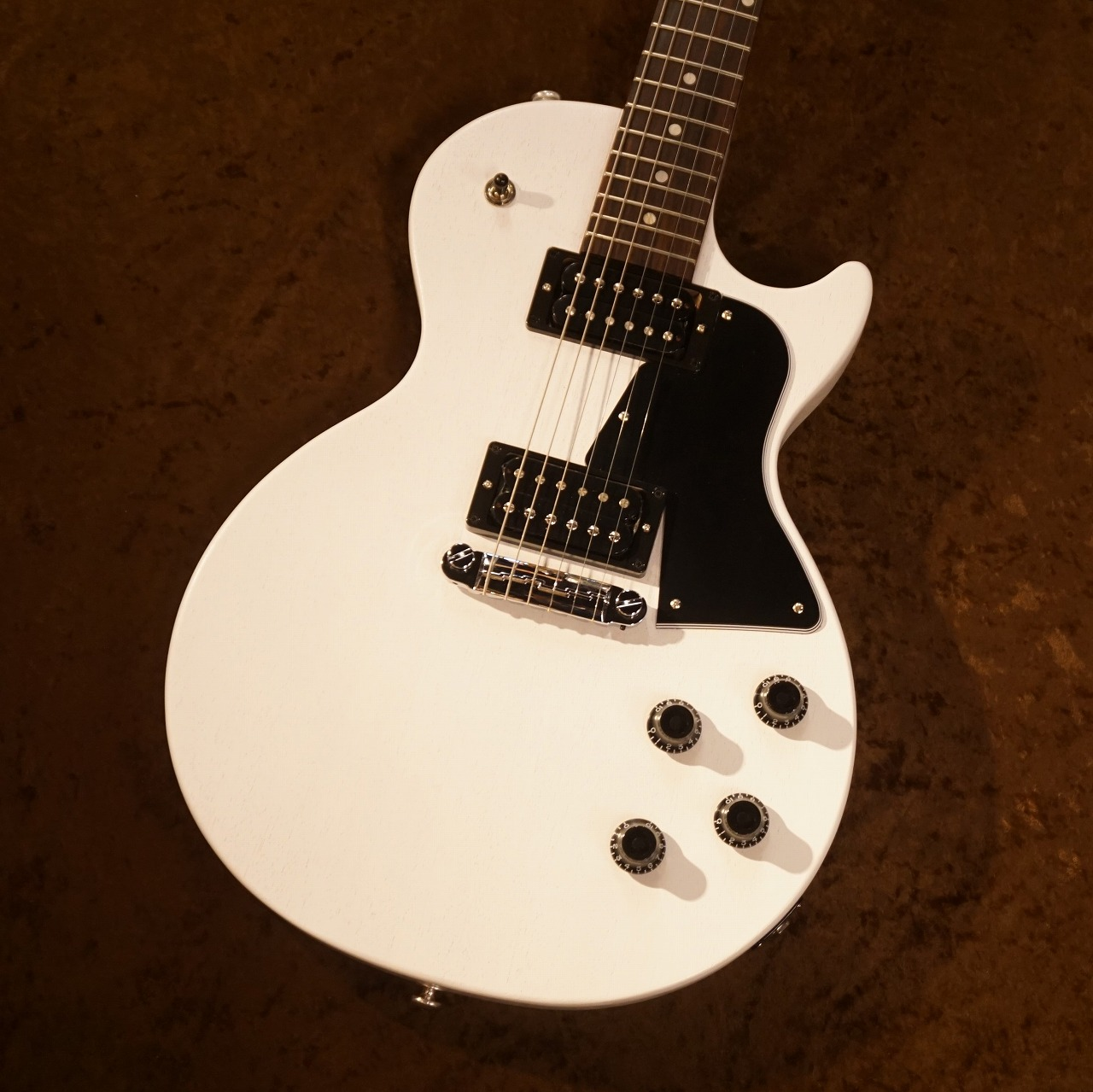 Gibson 【2020年モデル】 Les Paul Special Tribute Humbucker #206500229 [Natural White Satin] [3.12kg][送料無料]【G-CLUB TOKYO】