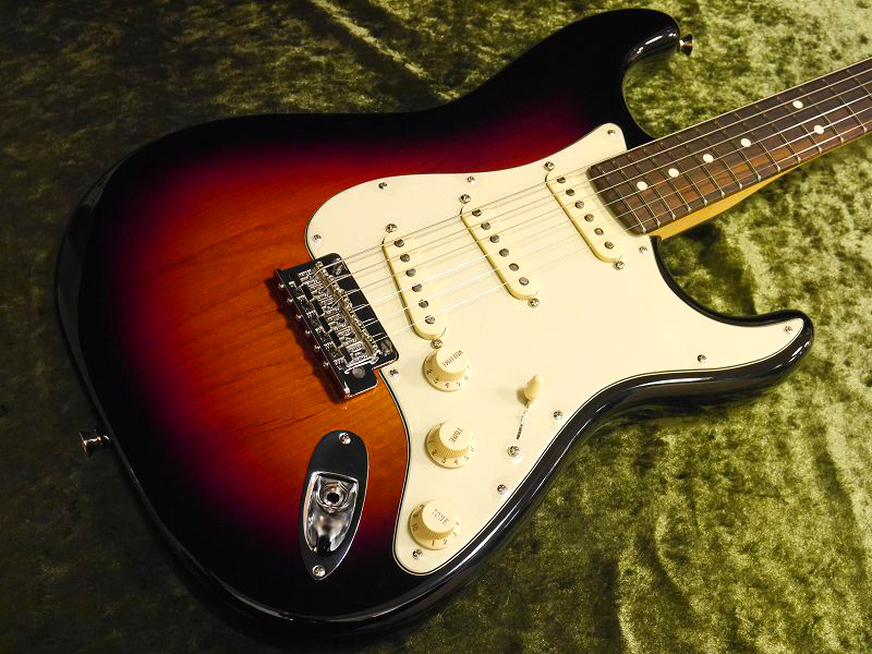Fender USA American Professional Series Stratocaster/RW -3CS-【町田店】