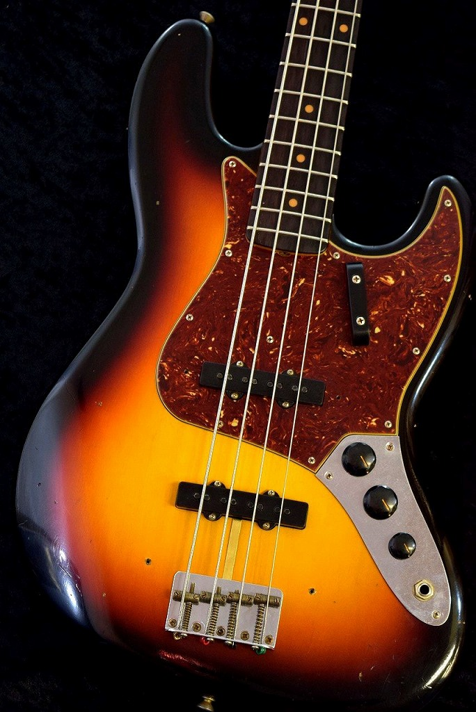 Fender Custom Shop 1962 Jazz Bass Journeyman Relic -3 Color Sunburst- 【NEW】【日本総本店ベースセンター在庫品】