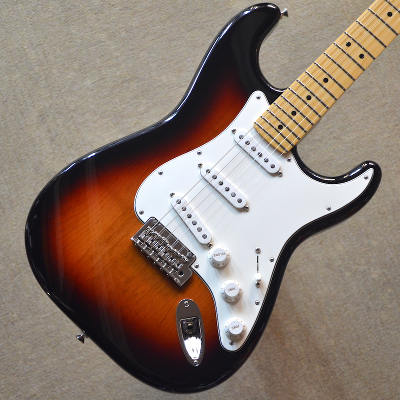 【新品】Fender Player Stratocaster Maple Fingerboard ~3-Color Sunburst~ #MX18119509 【3.51kg】【22フレット】【送料無料】【池袋店在庫品】