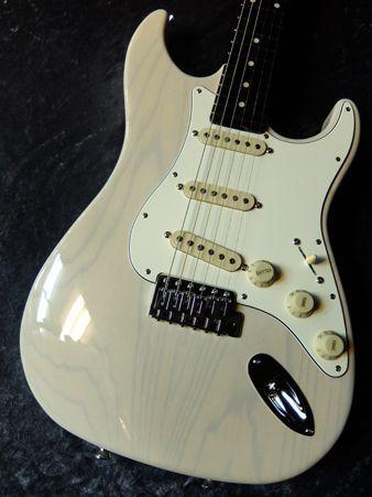 SCHECTER N-ST-AS White Blonde/Rosewood #160402 【Xotic共同開発P.U搭載】【Ashボディー】【池袋店在庫品】
