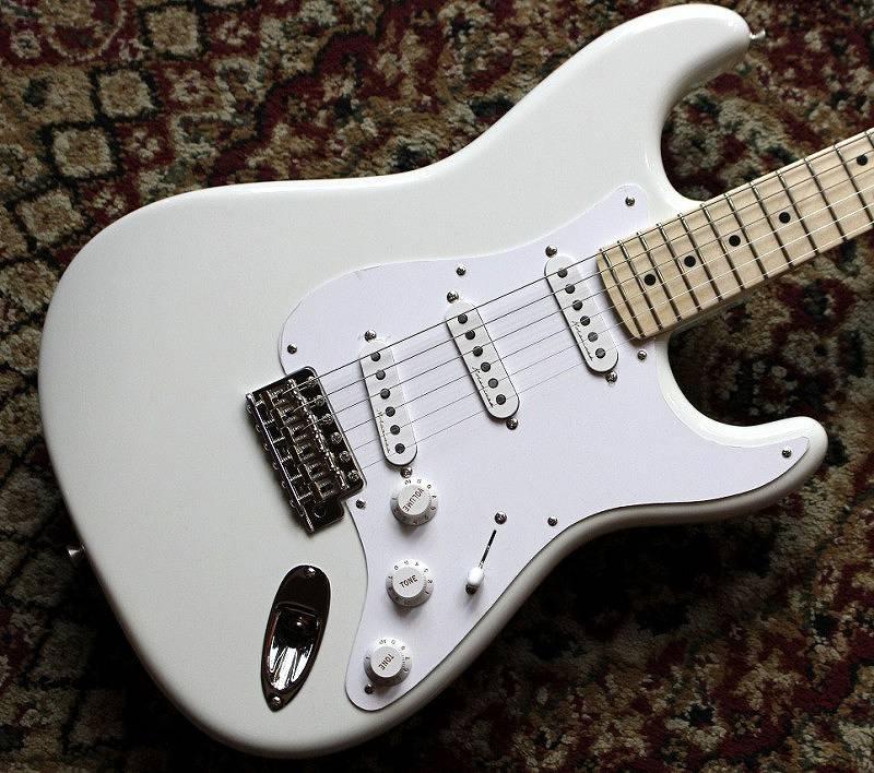 〔新品〕 Fender Custom Shop Eric Clapton Signature Stratocaster ~Olympic White~ #CZ532328 【3.56kg】【池袋店在庫品】 〔フェンダー〕〔エレキギター〕