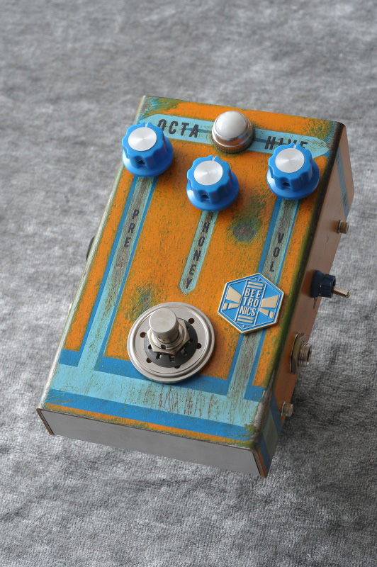 Beetronics OCTAHIVE Custom Blue Stripe 《エフェクター/オクターブファズ》【送料無料】【ONLINE STORE】