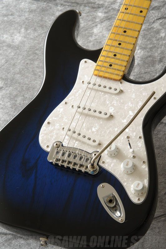 G&L Tribute Legacy (Blueburst/Maple)《エレキギター》【送料無料】【ONLINE STORE】