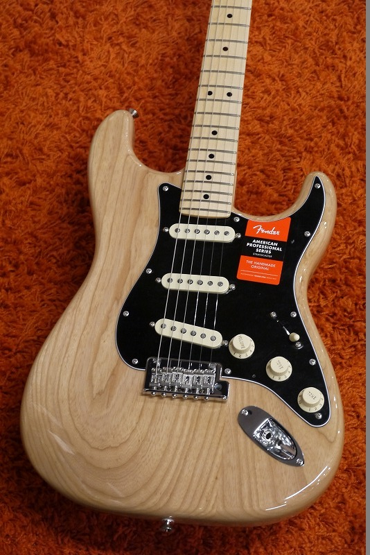 Fender American Professional Stratocaster -Natural- / Maple 【NEW!!】【名古屋店在庫品】