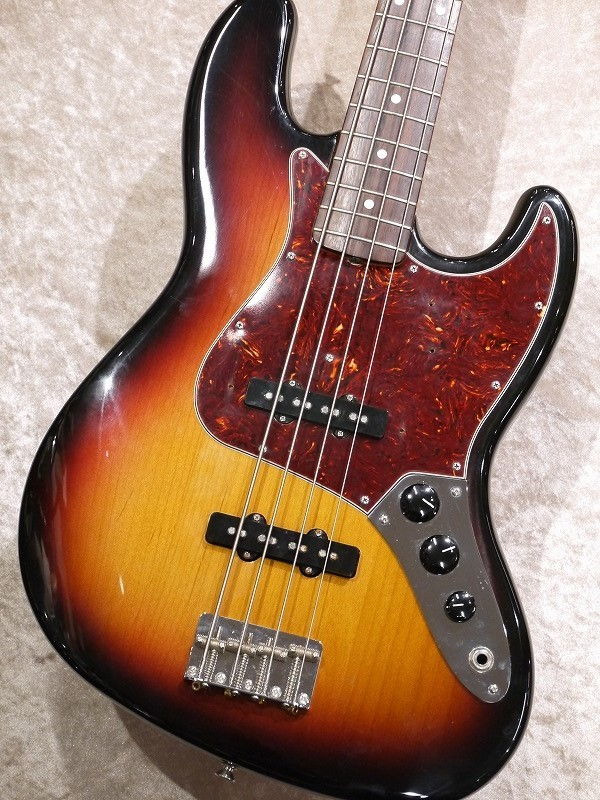 Fender American Vintage 62 Jazz Bass -Sunburst-【USED】【名古屋店在庫品】