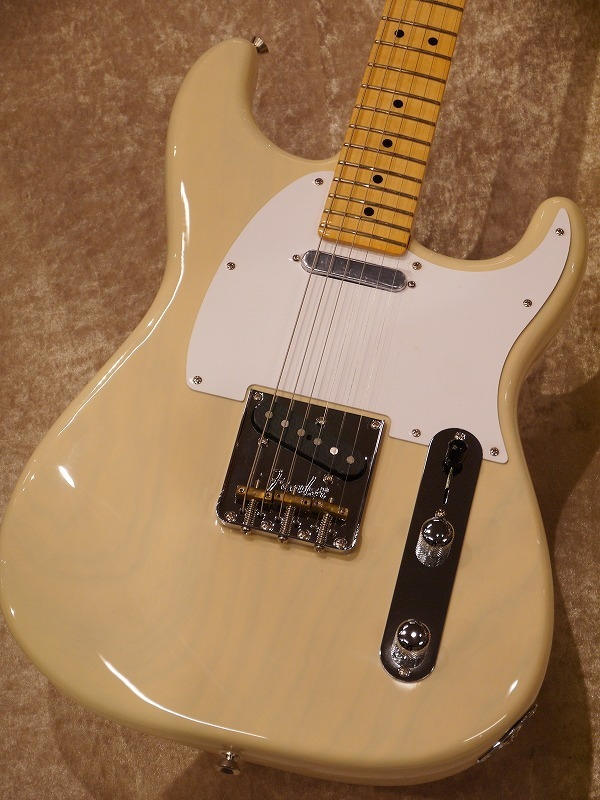 Fender 2018 Limited Edition Whiteguard Strat【NEW!!】【名古屋店在庫品】