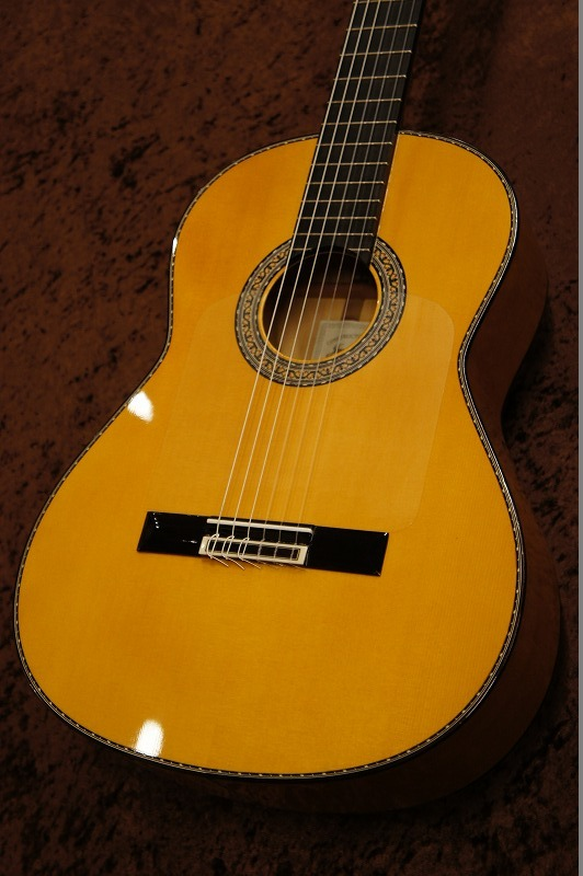 Juan Hernandez 【クラシックギターを始めようキャンペーン!!】【2020年最新作】Flamenca Professional 松・シープレス【名古屋店】