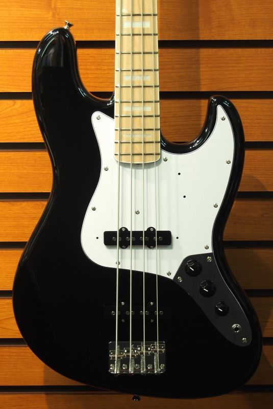 Fender Made in Japan Traditional '70s Jazz Bass -Black/M- 【NEW】 【新品】【おちゃのみず楽器在庫品】