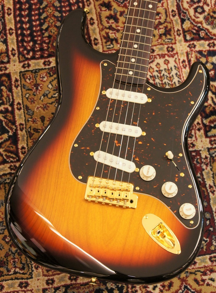 Fender Made in Japan Traditional '60s Stratcaster with Gold Hardware 【プチMOD!!】 【新品】【おちゃのみず楽器在庫品】