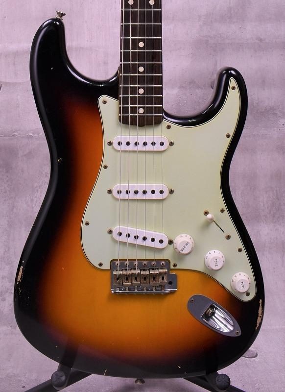 Fender Custom Shop Master Built 1961 Stratocaster Relic Built by Dennis Galuszka ~3-Tone Sunburst~ #R87512【新品】【おちゃのみず楽器在庫品】