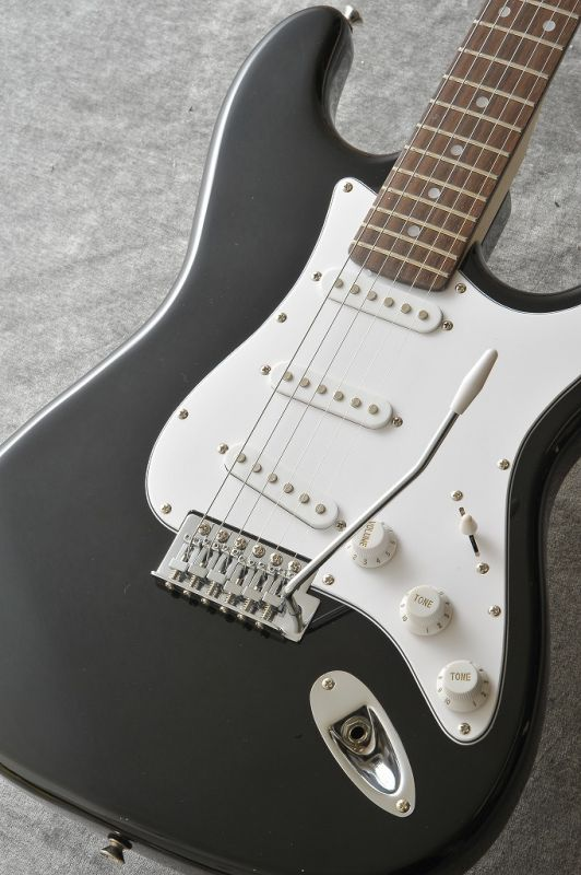 Legend LST-Z BK (Black)《エレキギター》【初心者・入門用にオススメ!】【ORANGEミニアンプセット】 【ONLINE STORE】