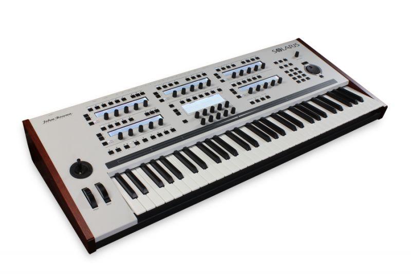 John Bowen Synth Design/ Solaris White Gray【キーボードスタンドプレゼント】【送料無料!!】【ONLINE STORE】