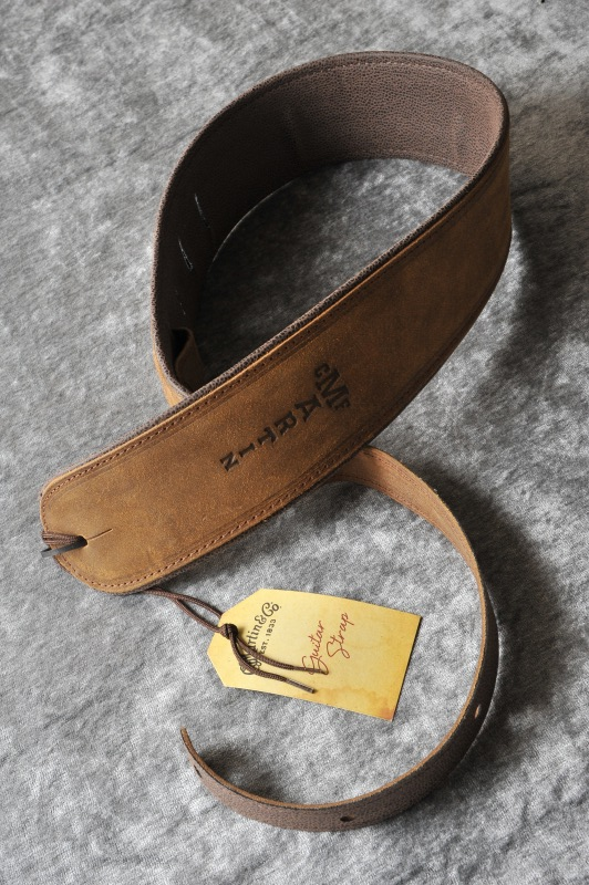 Martin / マーティン ROLL STRAP (Distressed)[18A0030]《レザーストラップ》【送料無料】【ONLINE STORE】