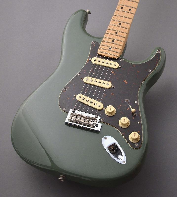 Fender American Professional Stratocaster Antique Olive S/N US17034252 ≒3.45kg 【G-CLUB渋谷】
