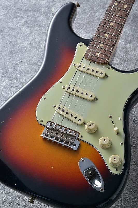 値引 Fender ≒3.57kg Stratocaster Custom Shop Custom Black Built 1963 Stratocaster Journeyman Relic Aged Wide Black 3-Tone Sunburst S/N R92359 ≒3.57kg【G-CLUB渋谷】, ジーシス:bc966f00 --- totem-info.com