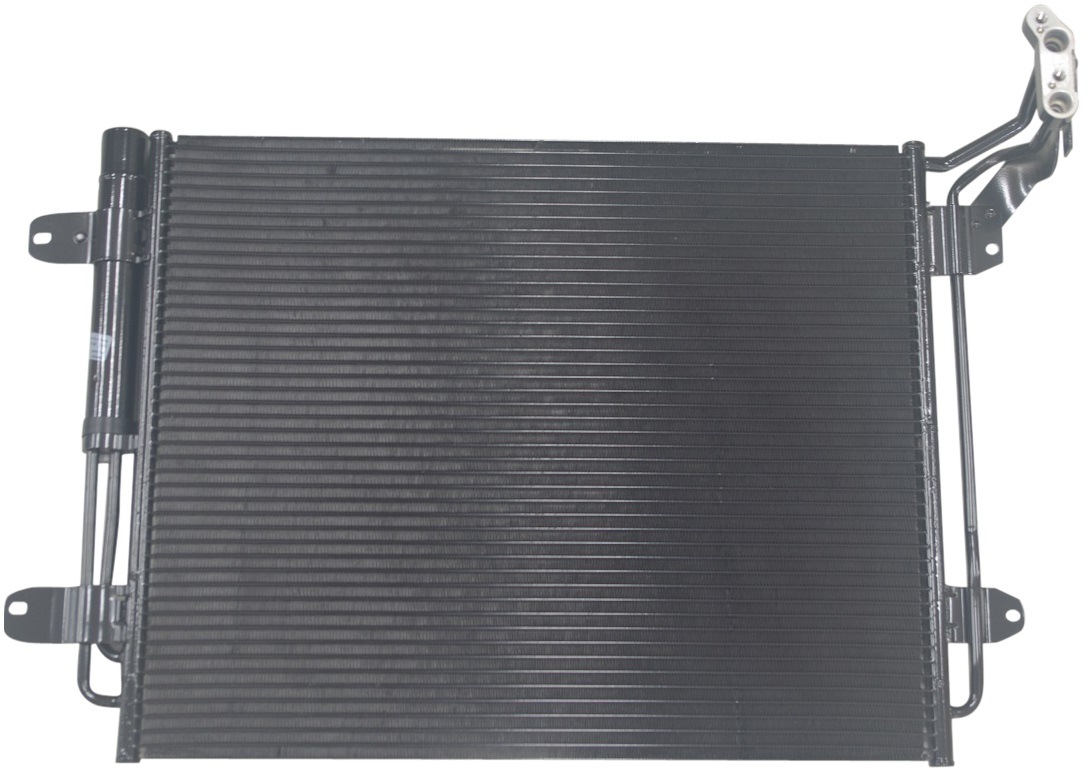 BEHR製 エアコンコンデンサー 5N0820411E/VW ティグアン(5N_)1.4TSI、1.4 TSI 4motion、2.0 TDI、2.0 TDI 4motion (AD1)1.6 TDI