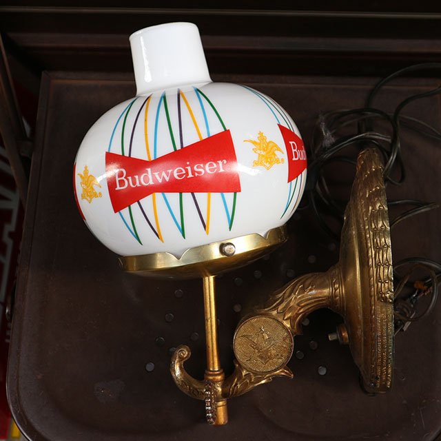 AN237 USED(中古) VINTAGE ANTIQUE BUDWEISER BEER WALL LIGHT