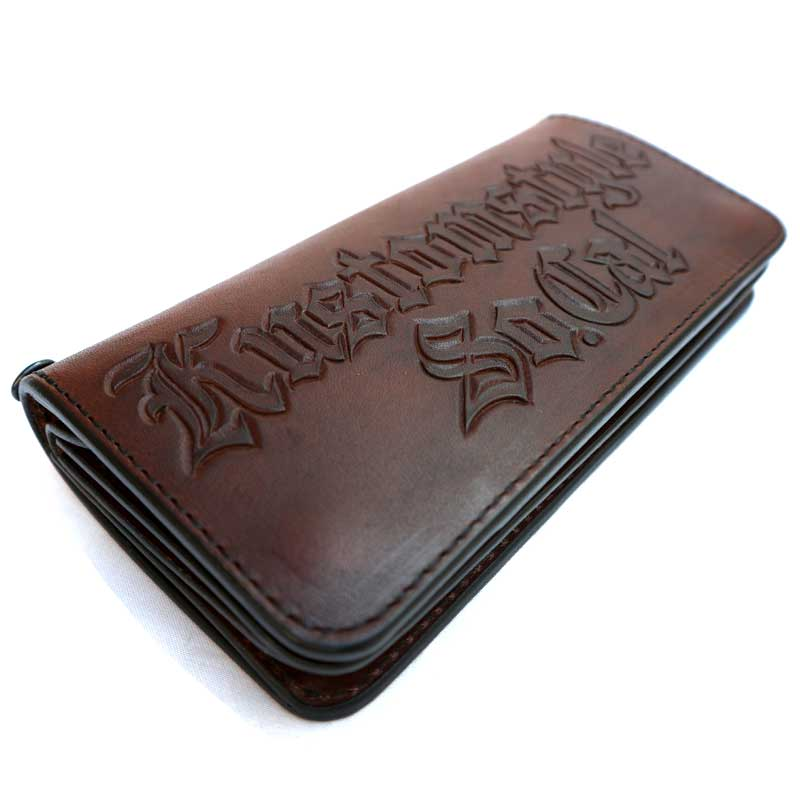 KUSTOMSTYLE OLD ENGLISH CARVING LEATHER WALLET BROWN