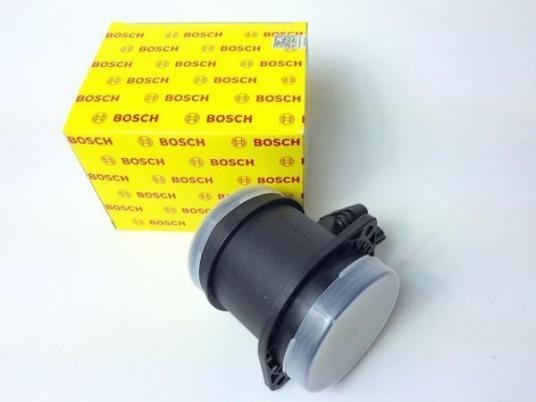 新品即納 ボルボ V70 エアフロ XC70 XC90 S60 S80 エアマスセンサー 8670398 0280218088 VOLVO