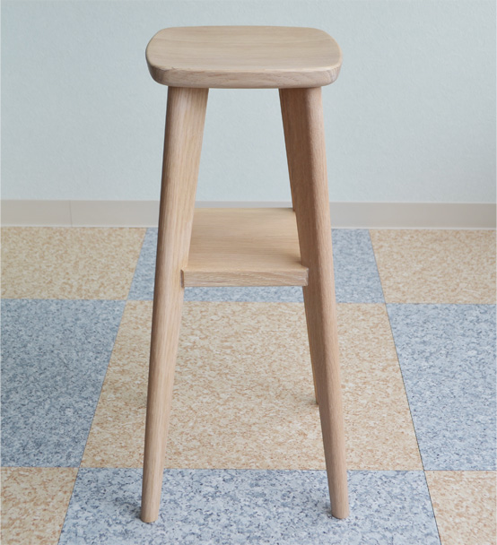 ※「商品代引き不可」無垢 椅子 Nordlys シリーズ φ240xH550mmナラ材 大雪木工製作 送料込