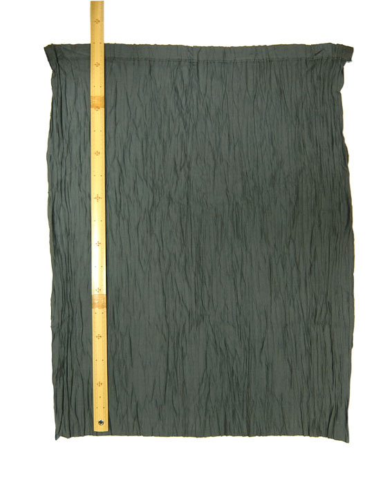 持越品 エクトリーハンドプリーツスカート生地E51974(半完成品) グレー色約縦85cm×横65cm(2枚入り)
