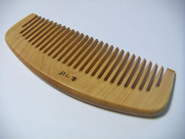 """Book boxwood """"when Combs ' 5 dimensions and parallel teeth and around teeth get moist and familiar, gentle and smooth feeling when ♪ boxwood Combs * comb separately"""