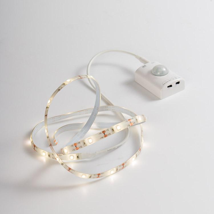 あす楽 LEDセンサーライト テープライト 1m PIRセンサー付き 人感 リチウム電池搭載 USB充電 自由切断可 電球色 3000k 180lm IP65 キッチン 台所 ガラージ 寝室 ベッドサイド Ip65 防水 防滴