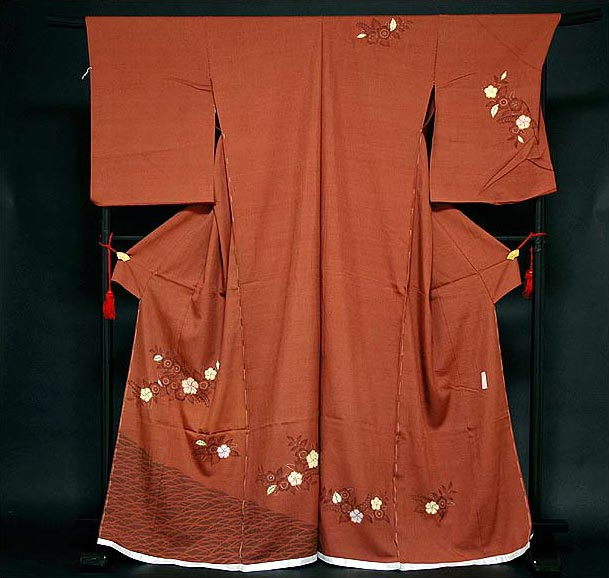 【手縫い仕立て付き フルオーダー】【訳あり】 素朴でオシャレな 絞り風 花柄 紬 訪問着